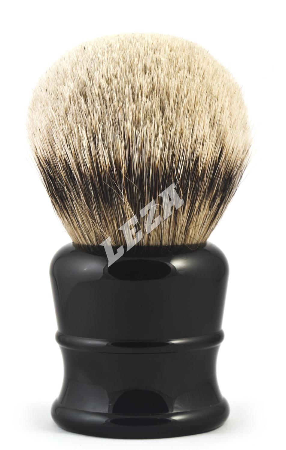 Extra Large Shaving Brush With Silvertip Badger