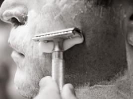 Советы по бритью Т-образной бритвой